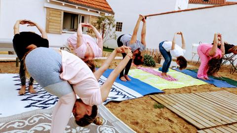 Yoga et enterrement de vie de jeune fille – EVJF